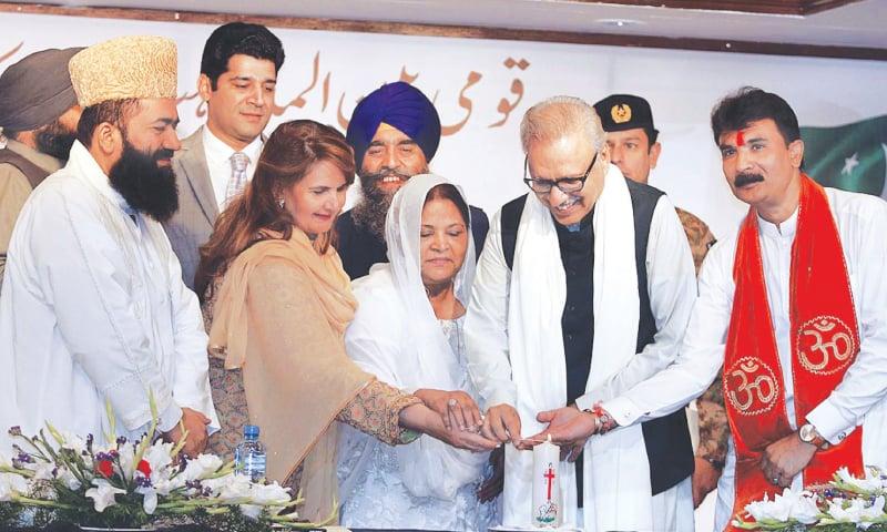 Alvi asks India to protect minorities