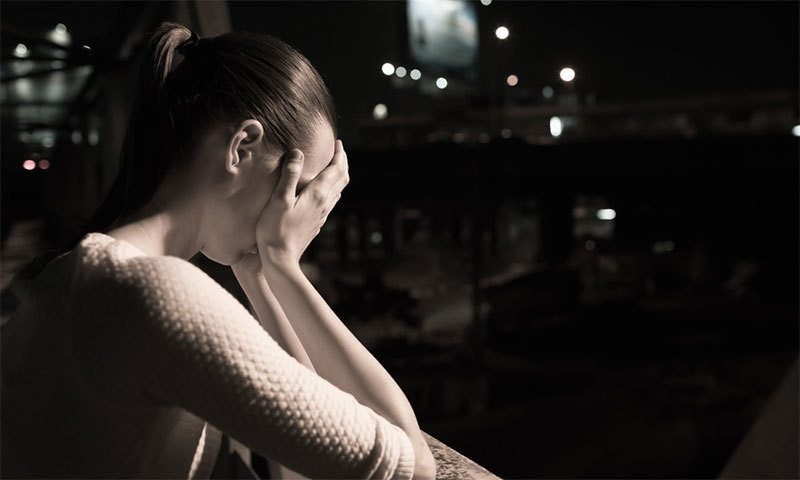 ڈپریشن کی وہ علامات جو جسم پر ظاہر ہوتی ہیں