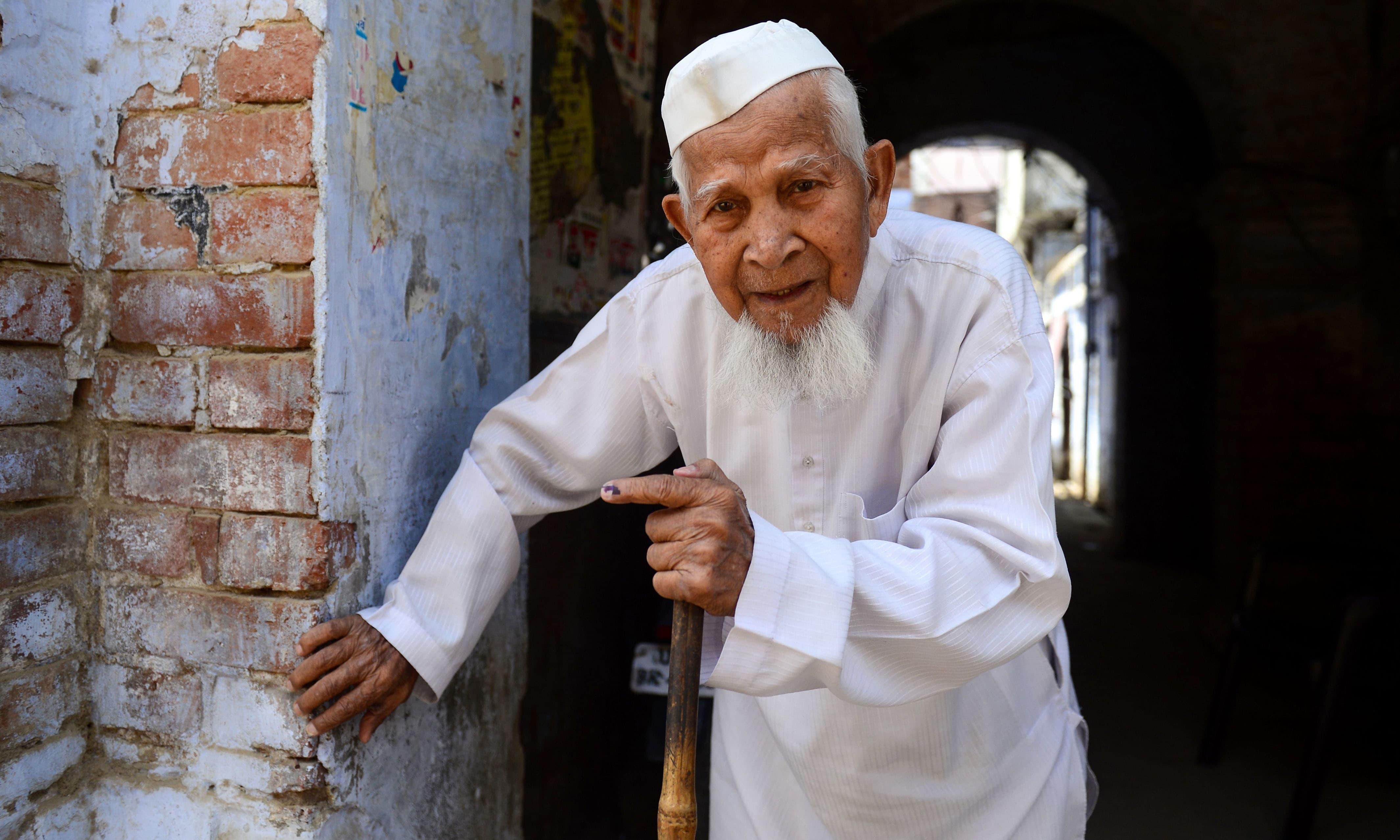بھارت میں موجود مسلم کمیونٹی کے افراد نے بھی انتخابات میں بڑھ چڑھ کر حصہ لیا —فوٹو/ اے ایف پی