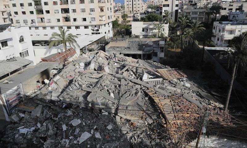 اسرائیل کی جانب سے غزہ پر حملوں کا سلسلہ جاری ہے  — فوٹو: اے ایف پی