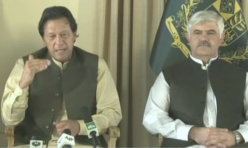Prime Minister Imran Khan speaks to senior journalists in Islamabad. — DawnNewsTV screengrab