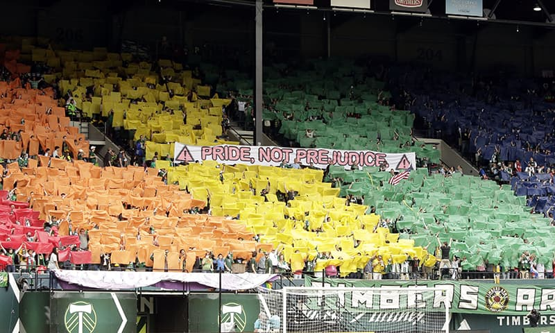 French football league looking to stop homophobia in stadiums