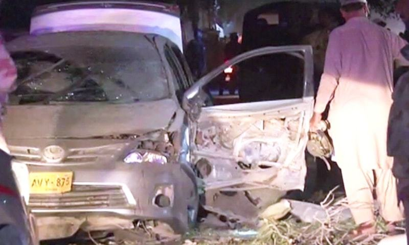 A vehicle was damaged in a blast in a market in Quetta's Satellite Town. — DawnNewsTV screengrab