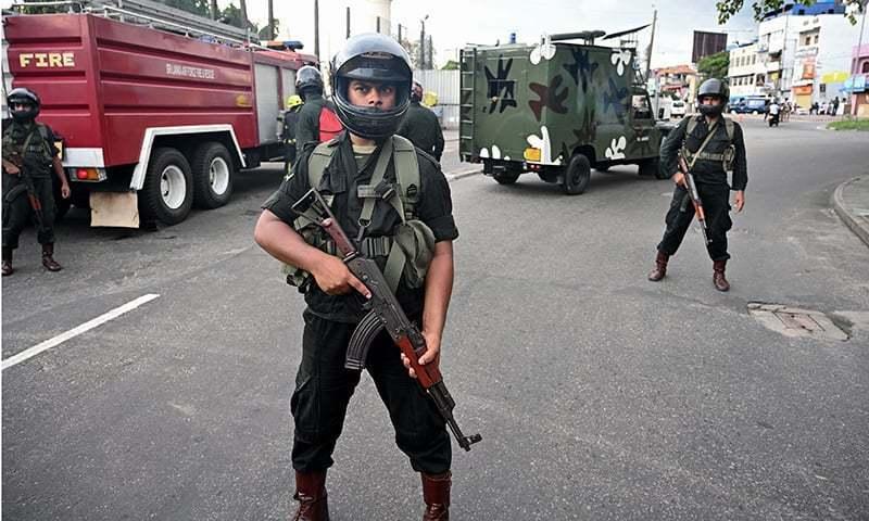 رپورٹ کے مطابق پولیس نے کشیدگی کے باعث علاقے میں کرفیو نافذ کر رکھا ہے — فائل فوٹو/ اے ایف پی