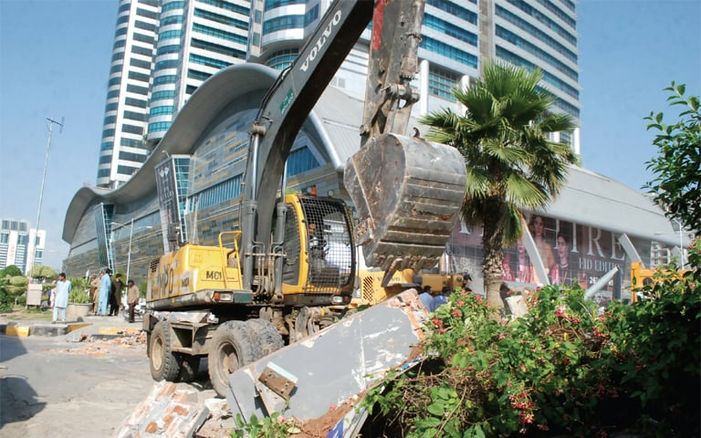 CDA to remove encroachment from right-of-way of all major roads in 48 hours