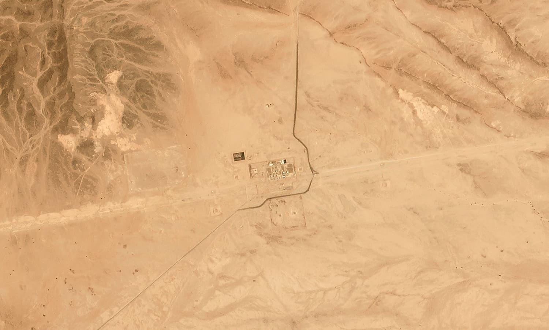 پاکستان نے سعودی عرب میں تیل تنصیبات پر حملوں کی مذمت کی  — فوٹو: اے پی