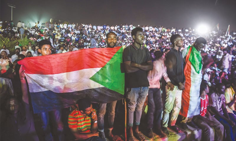 Sudan military says talks with protest leaders to resume Sunday