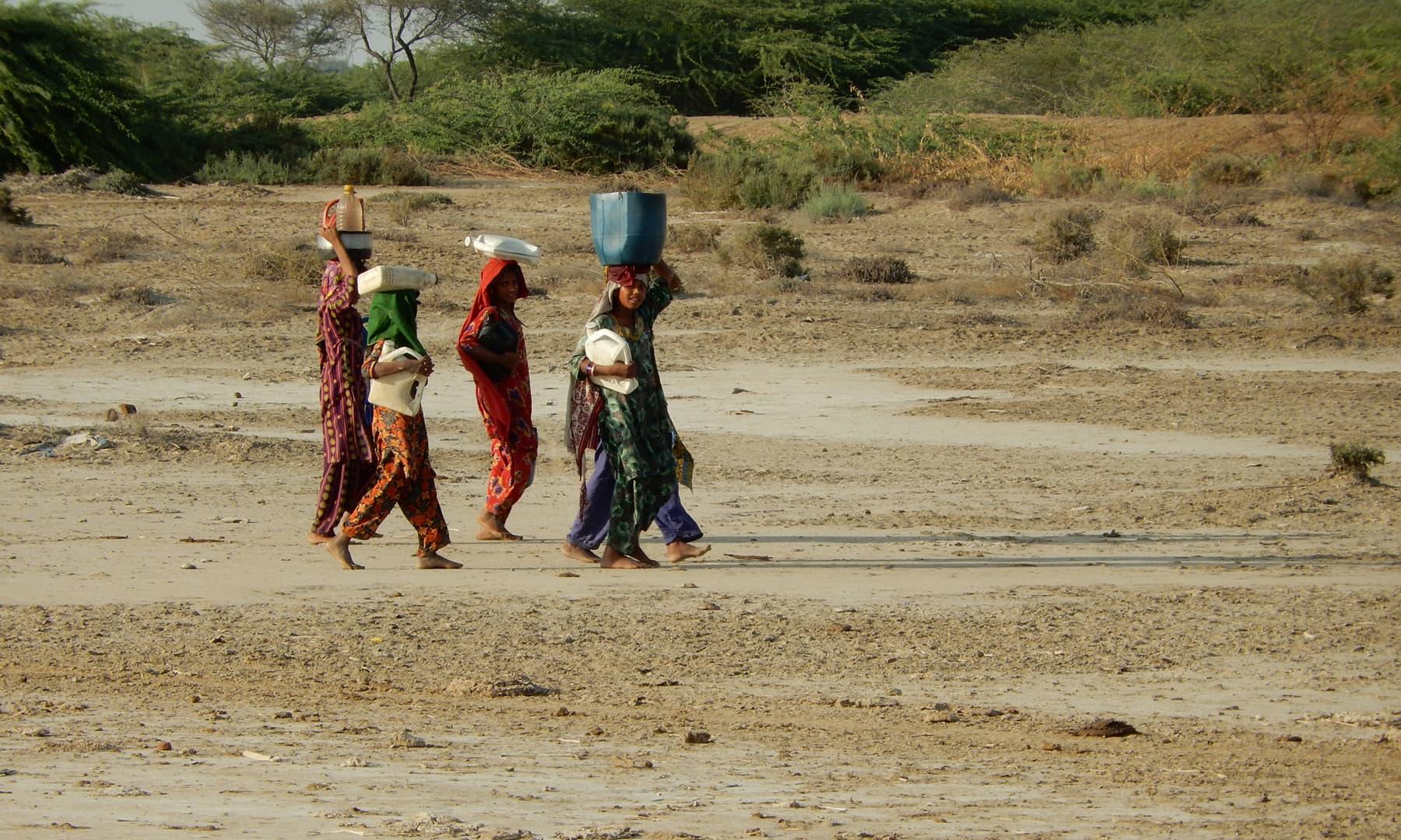 جاتی کے اس گاؤں میں حالات اور بھی بدتر ہوگئے ہیں—تصویر ابوبکر شیخ