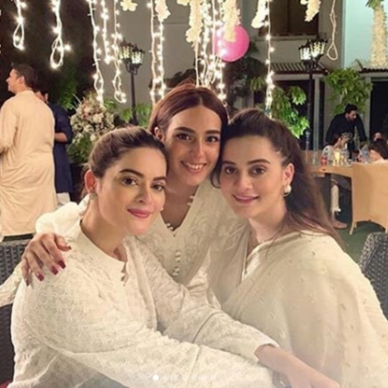 Aiman Khan and Minal Khan spotted with Iqra Aziz