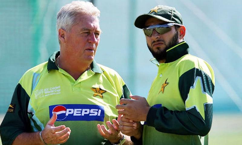 باب ووالمر بھارتی نژاد برطانوی کرکٹر، کمنٹر اور پاکستانی ٹیم کے کوچ تھے—فائل فوٹو: کرکٹ کنٹری