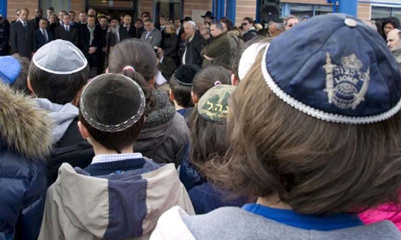 جرمن سوسائٹی میں یہودیوں کے خلاف نفرت گہری ہے، فلیکس کیلین—فائل فوٹو: اے ایف پی