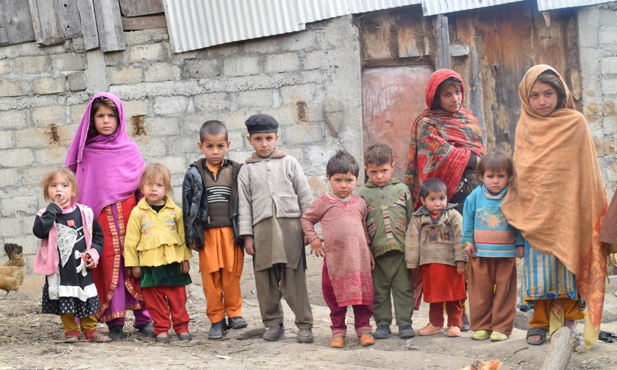 Children of the four brothers murdered after the Kohistan video leak | Photos by Shah Nawaz Tarakai