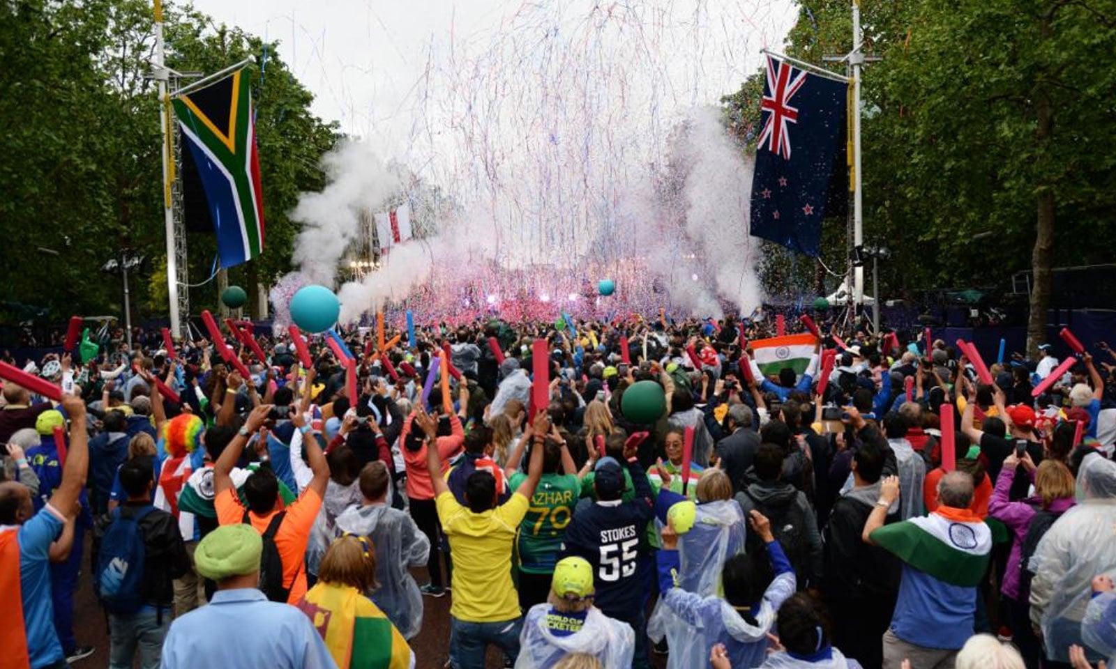 ورلڈ کپ 2019 کی اوپننگ پارٹی میں عوام کی بڑی تعداد نے شرکت کی — فوٹو : ورلڈ کپ ٹوئٹر