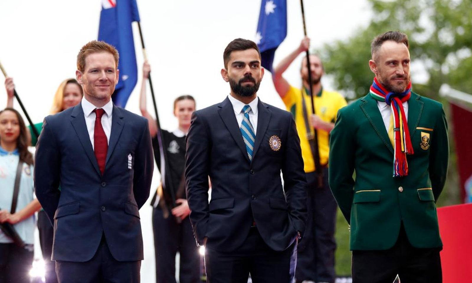 اوپننگ پارٹی میں ورلڈ کپ ٹیموں کے کپتانوں نے شرکت کی — فوٹو:ورلڈ کپ ٹوئٹر