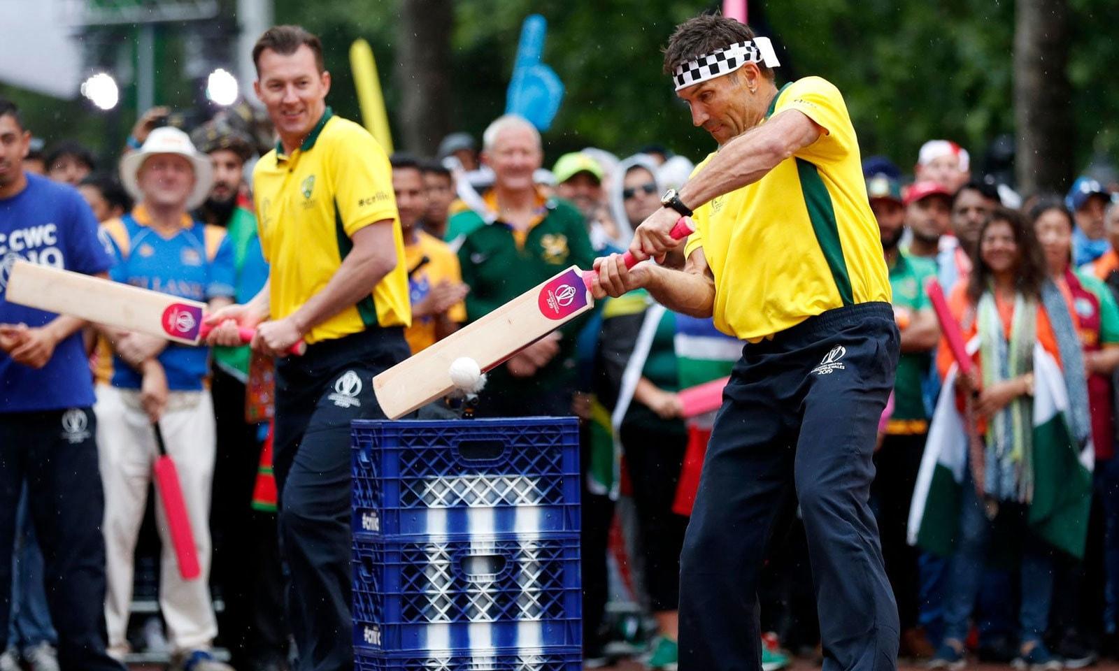 آسٹریلیا نے بریٹ لی کی قیادت میں 69 رنز بنائے— فوٹو: آئی سی سی