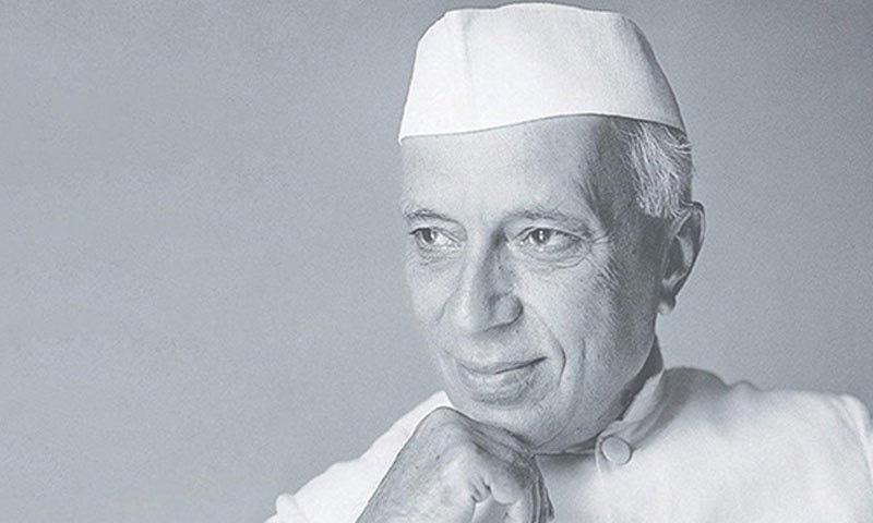 پنڈت جواہر لال نہرو پہلی بار برٹش سرکار کے سیٹ اپ کے تحت وزیر اعظم بنے—فوٹو: انڈیا سلیبریٹنگ