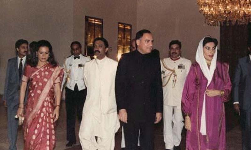 راجیو گاندھی نے بھی والدہ کی طرح کچھ سیاسی غلطیاں کیں—فائل فوٹو: ٹائمز آف انڈیا