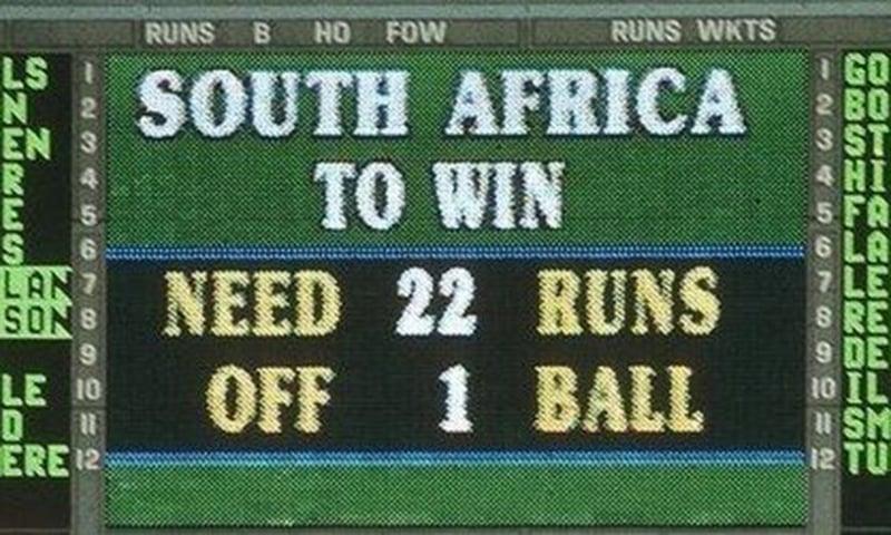 جنوبی افریقہ کو 13 کے بجائے محض ایک گیند پر 22 رنز کا ہدف دے دیا گیا—اسکرین شاٹ
