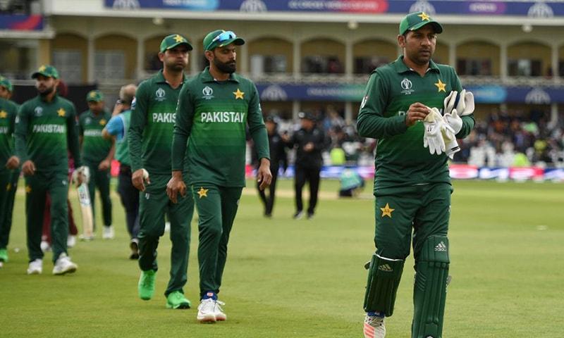پاکستان کی ٹیم جب میدان میں اُتری تب ذہن میں یہی بات چل رہی تھی کہ آصف کی جگہ حارث کو کیوں شامل کیا گیا ہے؟—آئی سی سی
