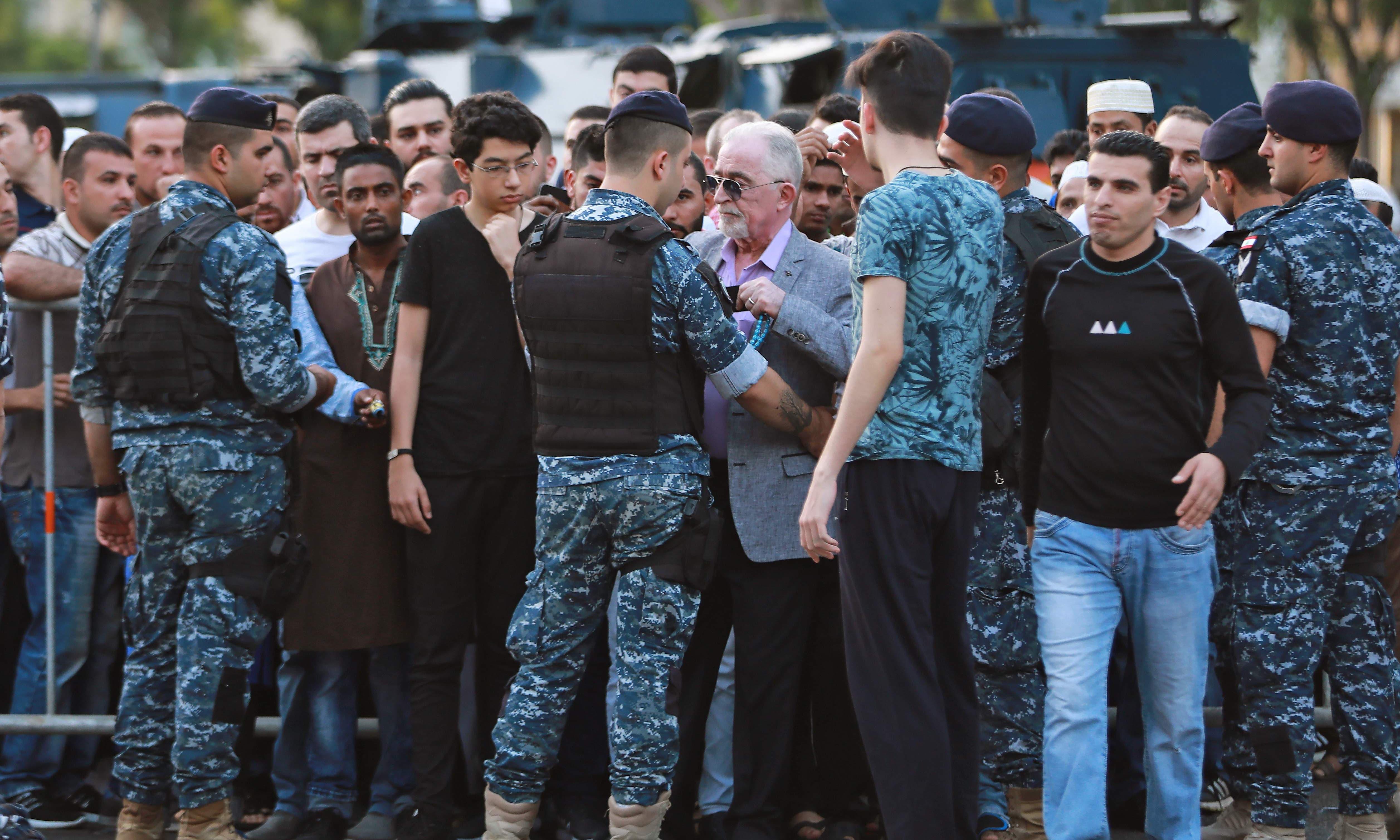 لبنان میں عید کی نماز کے موقع پر سیکیورٹی کے سخت انتظامات دیکھنے کو ملے —فوٹو/ اے ایف پی