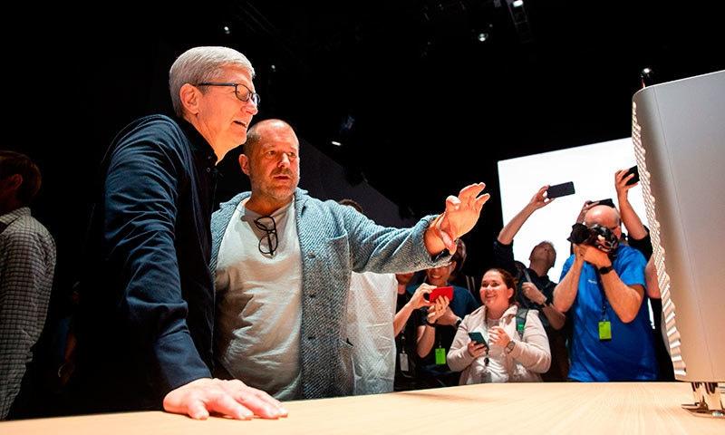 ایپل کے سی ای او ٹم کک ڈویلپر کانفرنس میں — اے ایف پی فوٹو