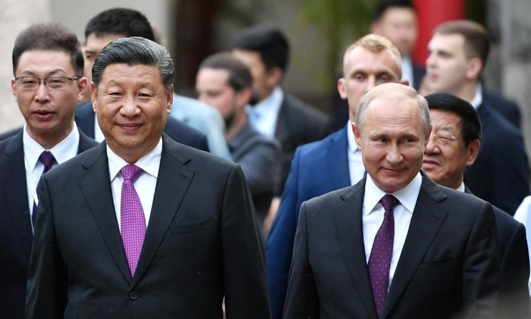Chinese President Xi Jinping presented two pandas to Moscow's zoo at a ceremony with Vladimir Putin on Wednesday. — Reuters