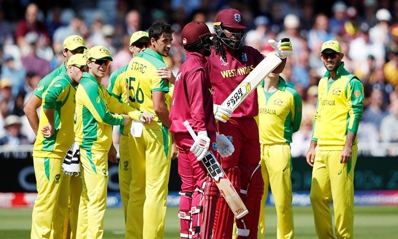 کیریبین ٹیم 50 اوورز میں 9 کھلاڑیوں کے نقصان پر صرف 273 رنز بناسکی — فوٹو: رائٹرز