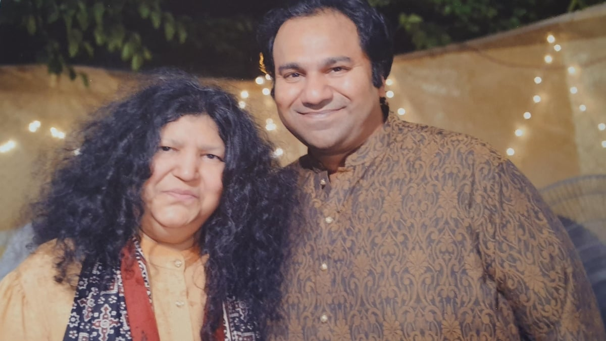 Sarang Latif with his legendary mother Abida Parveen