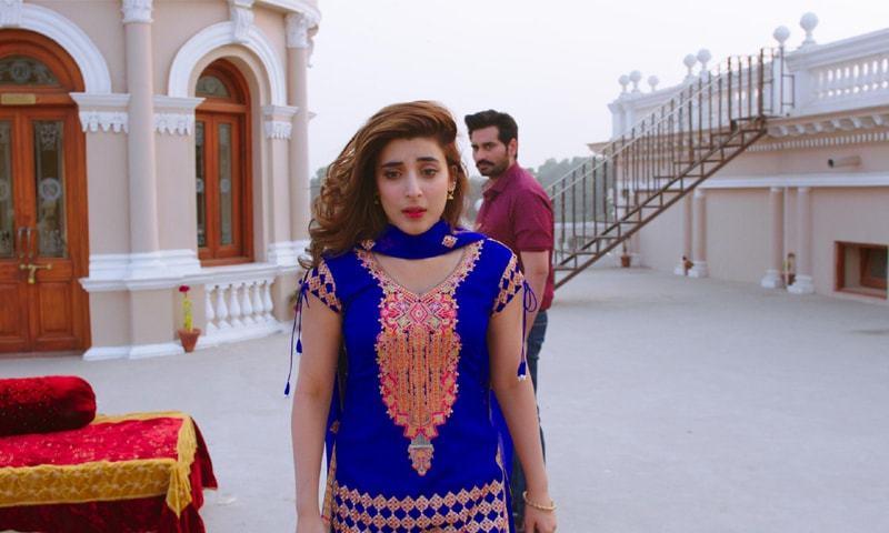 Urwa Hocane as Durdana and Humayun Saeed in Punjab Nahin Jaungi