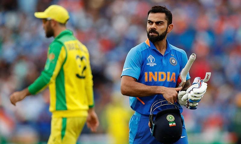 ویرات کوہلی نے آسٹریلیا کے خلاف میچ میں 77 گیندوں پر 82رنز کی اننگز کھیلی— فوٹو: رائٹرز