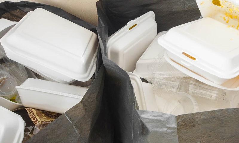 ڈسپوزیبل مصنوعات سے پلاسٹک کے ذرات انسانی غذا میں شامل ہو رہے ہیں، رپورٹ