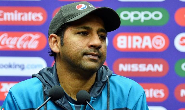 Pakistan captain Sarfaraz Ahmed says his side's fans won't boo Australia's Steve Smith. — AFP