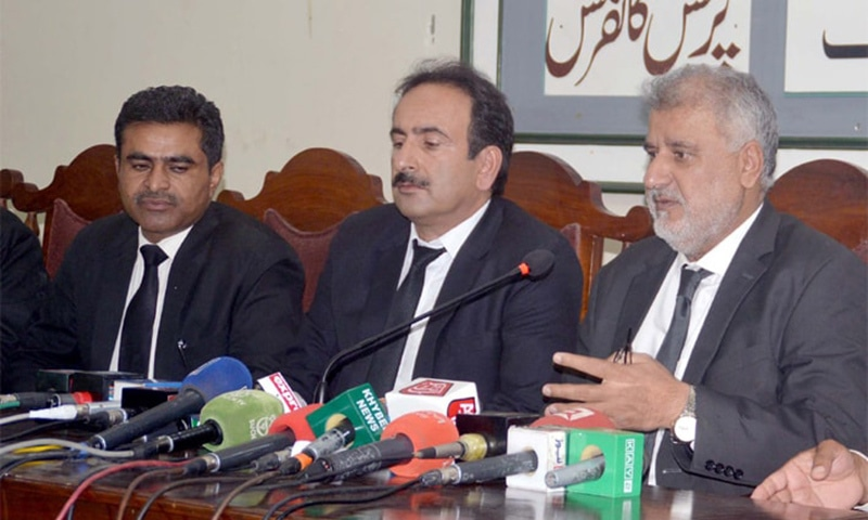 QUETTA: Supreme Court Bar Association president Amanullah Kanrani speaks during a press conference at Quetta press club on Wednesday. — PPI