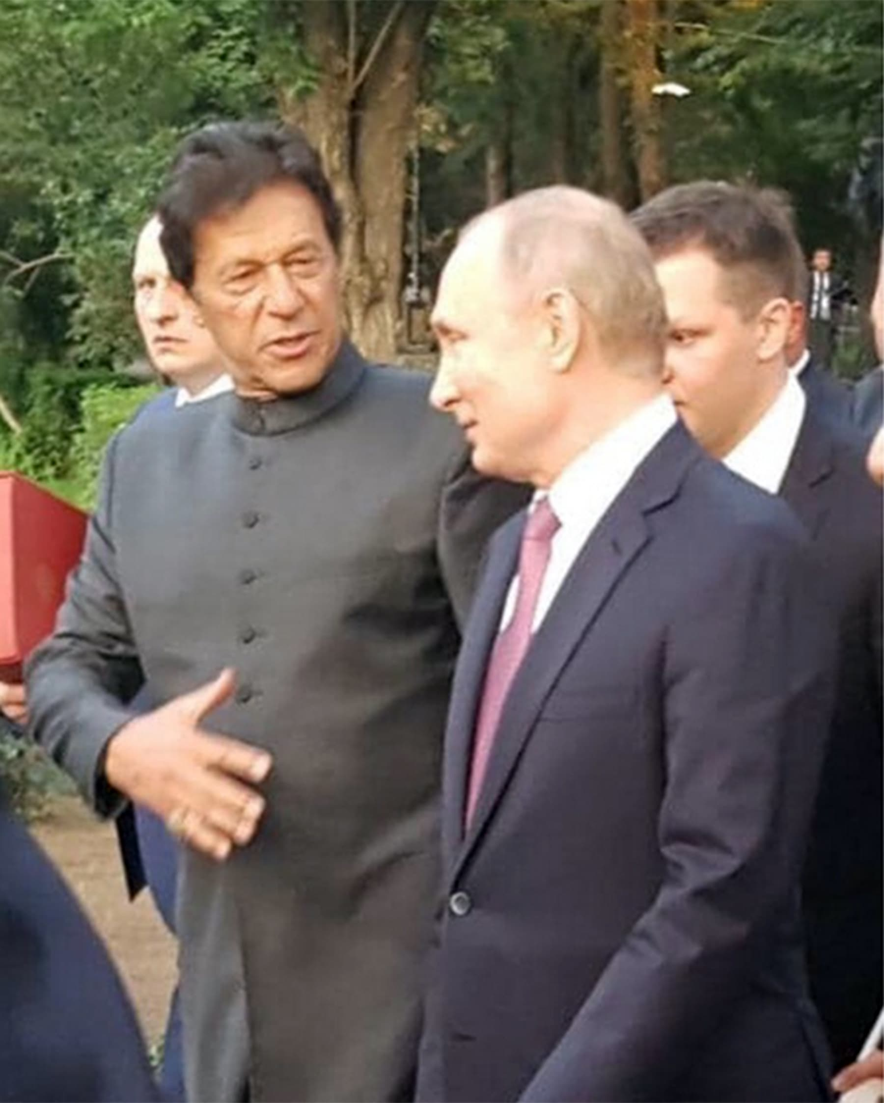 Prime Minister Imran Khan pictured having informal talks with Russian President Vladmir Putin. — Photo courtesy imrankhan.pti