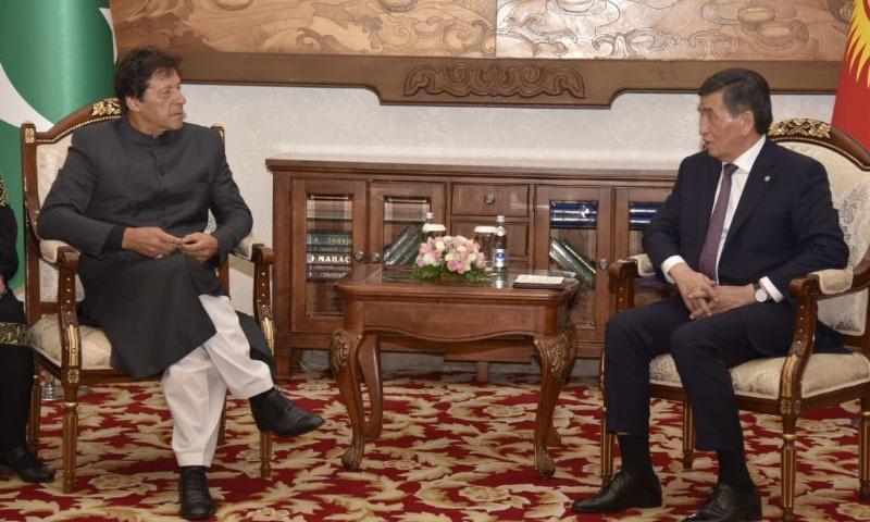دونوں رہنماؤں میں ملاقات انتہائی خوش گوار ماحول میں ہوئی  — فوٹو: ثناءاللہ