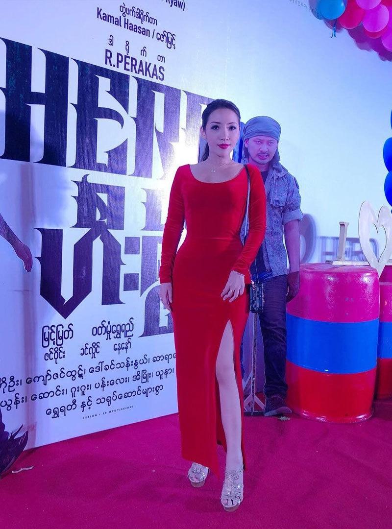 بولڈ تصاویر شیئر کرنے کی وجہ سے وہ میانمار کی نوجوان نسل میں مقبول ہیں—فوٹو: انسٹاگرام