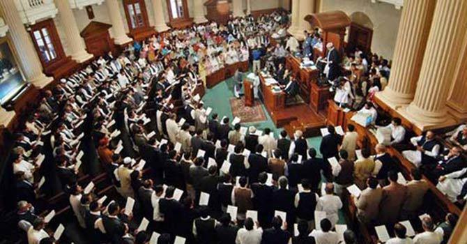 Fayyazul Hasan Chauhan and Awais Leghari launch tirades against each other. — APP/File