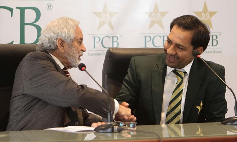 پی سی بی نے کپتان سرفراز احمد اور ٹیم پر ورلڈ کپ کے دوران مکمل اعتماد کا اظہار کیا— فائل فوٹو: اے پی