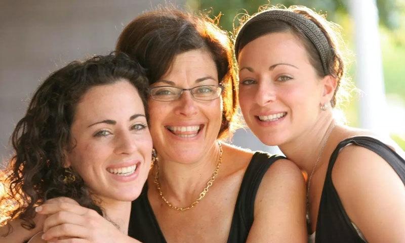 اسی کیس میں نینسی سلازمن اور ان کی بیٹی لارین سلازمن کو بھی مجرم قرار دیا جا چکا ہے—فوٹو: فرینک رپورٹ