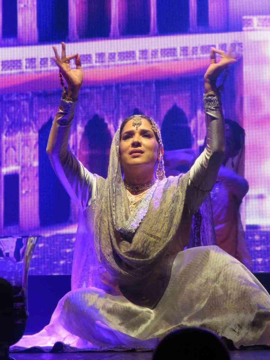 Manjari Chaturvedi performs at Tehzeeb-e-Tawaif at the Royal Opera House.