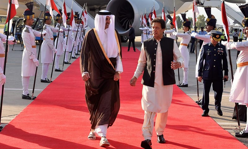 Qatar Emir Sheikh Tamim bin Hamad Al Thani was received by Prime Minister Imran Khan  at Nur Khan airbase. — PID