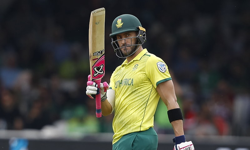 Faf du Plessis celebrates his 50 not out. ─ AP