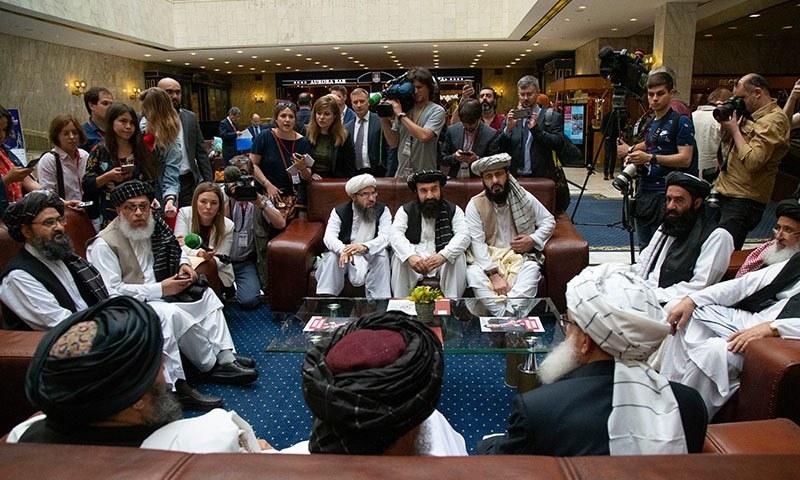 امریکا اور طالبان 18 سال سے جاری تنازعات کو مذاکرات سے ختم کرنے کی کوشش کررہے ہیں—فائل فوٹو: اے ایف پی