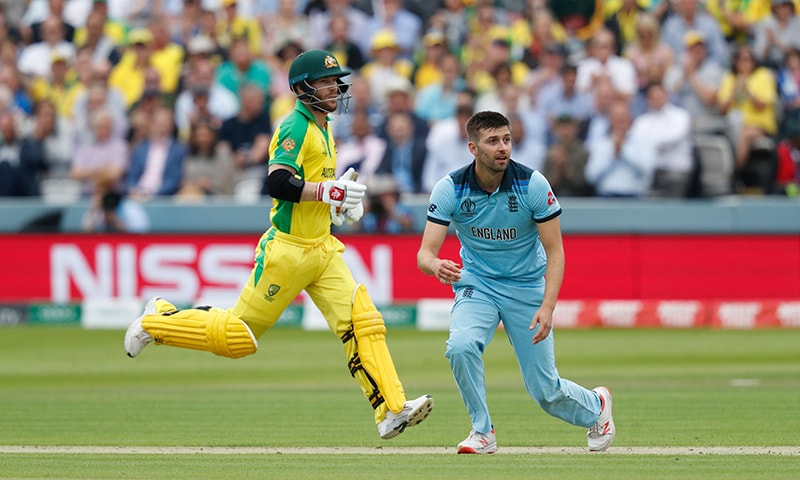 Australia crush England to reach cricket World Cup semi-finals