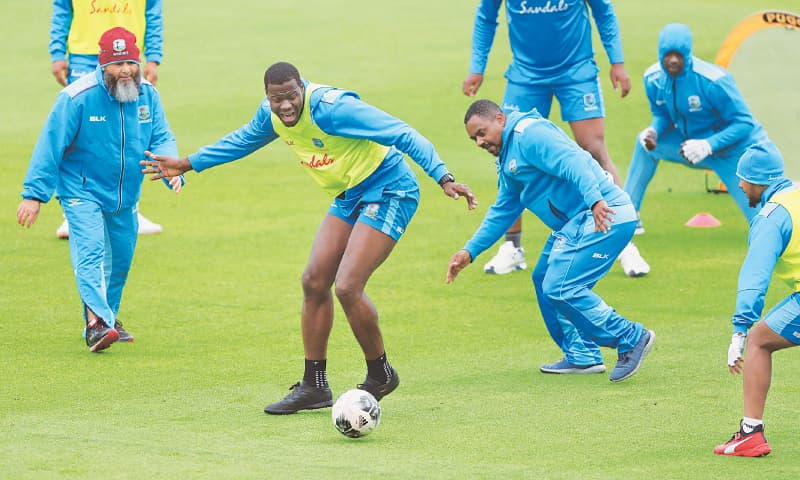 Holder urges West Indies to dig deep in must-win tie against India