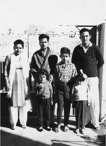 Last photo in Iraq with my parents, sister, cousin and maternal uncle, 1964