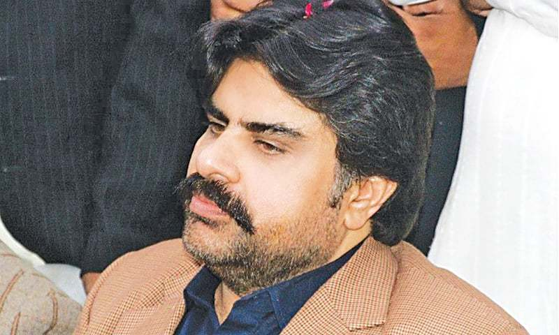 Sindh Minister for Works and Services Syed Nasir Hussain Shah called on Bilawal and submitted his resignation to him. — Dawn/File