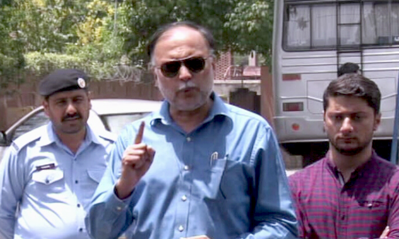 """""""It started with [a cost of] Rs30bn and has now crossed Rs100bn,"""" says PML-N leader Ahsan Iqbal about the Peshawar BRT project. — DawnNewsTV"""