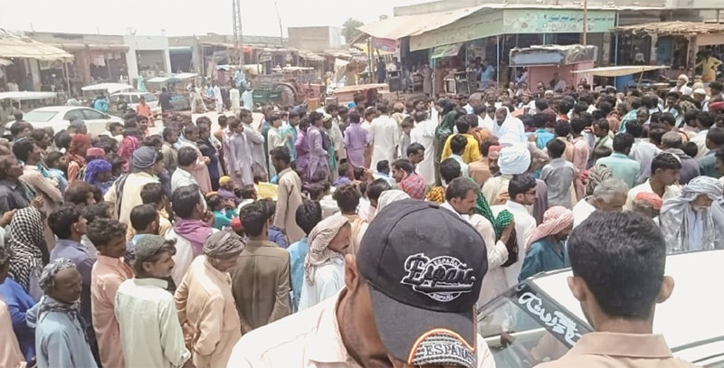 GROWERS protest over unavailability of water in Badin on Sunday.—Dawn