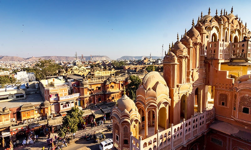 جے پور کے پورے شہر کو عالمی ورثے میں شامل کیا گیا—فوٹو: شٹر اسٹاک